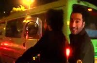 نوید محمدزاده با موتور در اکران مردمی فیلم خفه گی