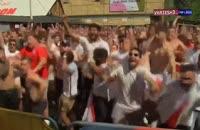 خوشحالی هواداران انگلیس پس از گل اول به سوئد