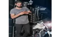حاشیه های مهران احمدی خواننده جنجالی ادامه دارد؛عکس جدید مهران احمدی با موتورش؛یک حاشیه جذاب از خواننده جذاب پاپ مهران احمدی شاهزاده احساس/آهنگ