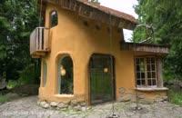 ساخت خانه ای زیبا با مصالح ساده در دل جنگل!!!؟؟؟