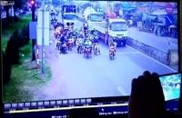 حادثه مرگبار و برخورد کامیون با صدها موتورسوار!!!